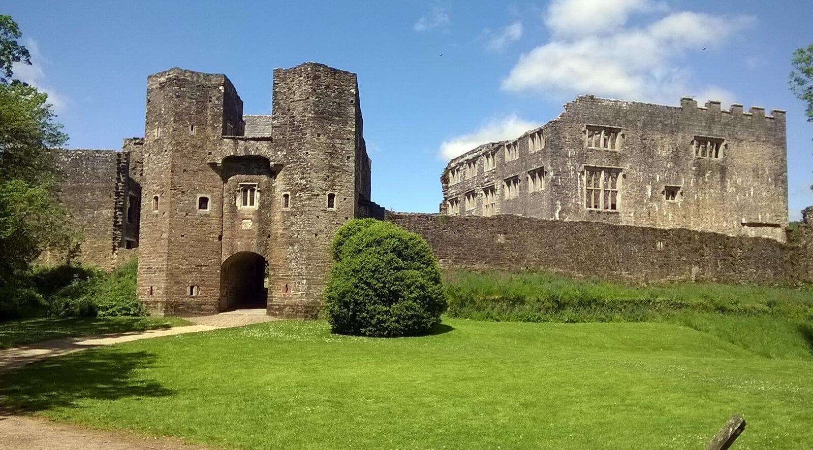 Berry Pomery Castle